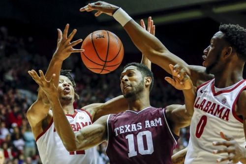 Aggie Hoops falls hard at Alabama 79-57