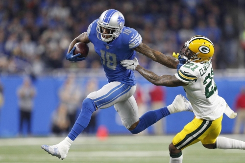 Lions sweep season series with Packers for first time since 1991, win 35-11 in season finale