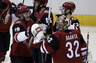 Coyotes flip script to force OT, beat Predators on Fischer goal