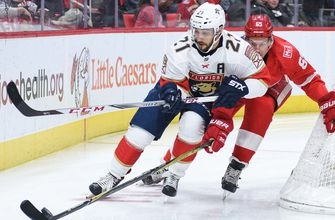 Missed opportunities limit Panthers in loss to Red Wings