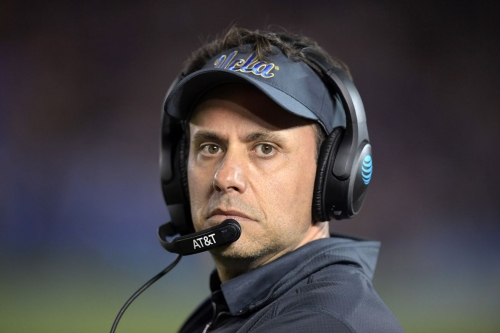 """Rumor: NFL coaches """"expect"""" Steve Sarkisian to leave for Seattle; Jedd Fisch a candidate for Falcons OC"""