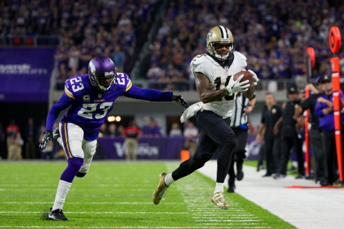 NFL playoff Sunday divisional round schedule: Kickoff time, TV channel, streaming options for Steelers-Jaguars, Saints-Vikings