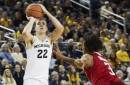 Michigan bounces back, tops Rutgers at home