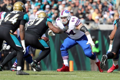 """Richie Incognito, Yannick Ngakoue """"clear the air"""" over alleged racist comments, per reports"""