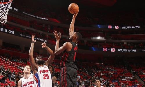 Pistons Pull Away From Trail Blazers | Portland Trail Blazers