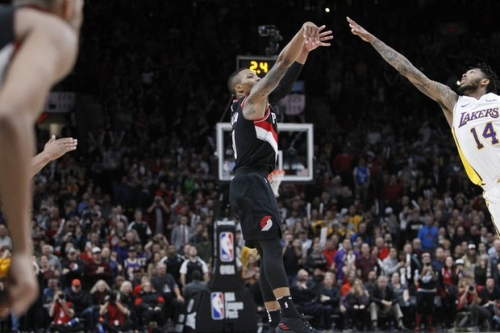Canzano: Time for the Trail Blazers to answer difficult question... Lillard or McCollum?