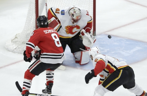 Chicago Blackhawks still looking for answers in 3-2 loss to Flames