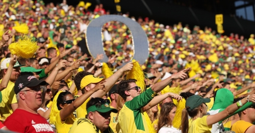 Oregon Ducks lose big-time football recruit Eli'jah Winston to USC on day before signing day