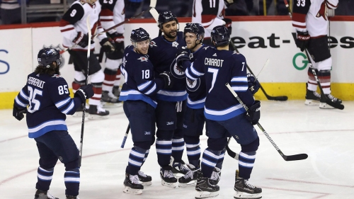 Dustin Byfuglien has two points to lead Jets past Coyotes - Sportsnet.ca