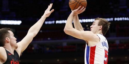 Detroit Pistons' cap situation makes dealing Johnson, Kennard unlikely