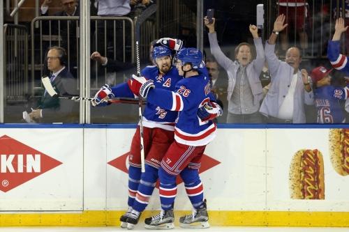 New York Rangers Dilemma: Should Rick Nash Stay or Go?