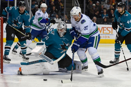 Familiar goal from familiar face from familiar place, as Sharks top Canucks