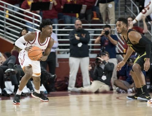 Men's basketball tops Oregon in last-second thriller   Daily Trojan
