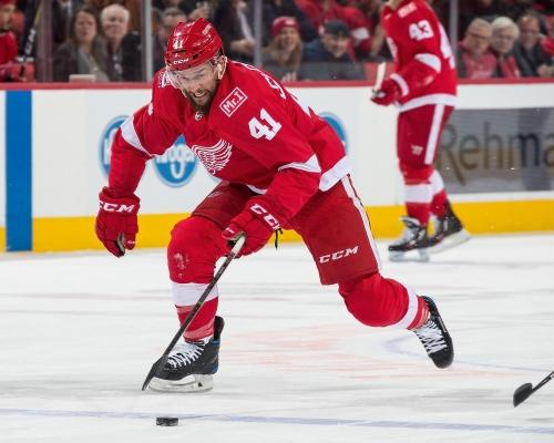 NHL Trade Rumors: Detroit Red Wings Luke Glendening Getting Interest