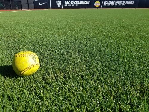 Oregon Softball: Ducks Get Defensive In Win vs Houston
