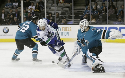 Burns, Tierney lead Sharks to 4-1 win over Canucks