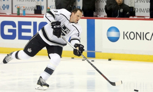 Dion Phaneuf a gamble for LA Kings