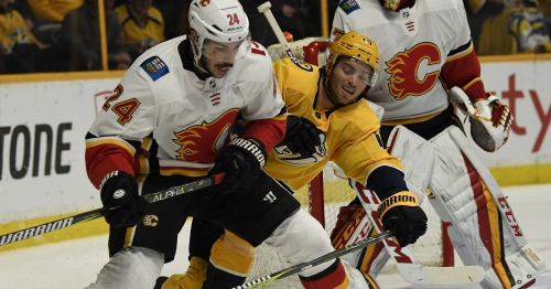 Predators can't overcome another third-period deficit in loss to Flames
