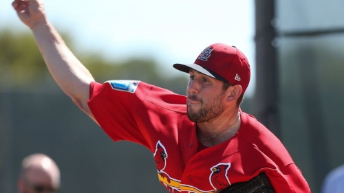 New Cardinals reliever Leone may ease Bowman's load