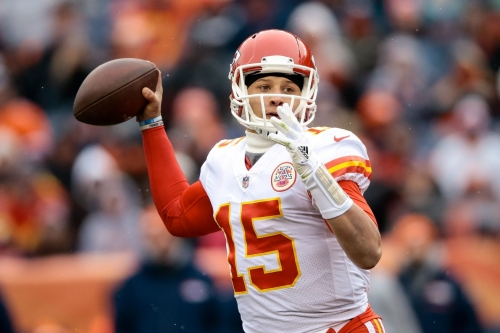 Should the Steelers replicate the 2017 Chiefs trade to get a future QB