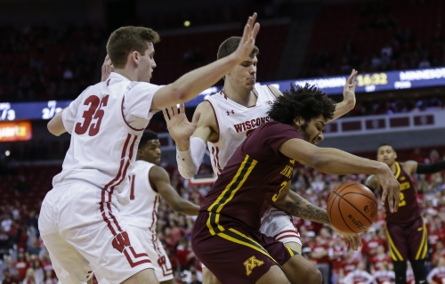 Gophers overrun by Badgers in overtime, lose ninth in a row