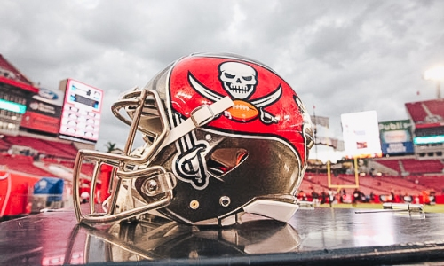 Bucs Add Stephen Nicholas to Coaching Staff