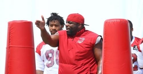 Bird Droppings: Cardinals lose coach, quarterback carousel and more news