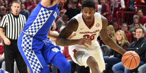 Kentucky runs past Arkansas, 87-72