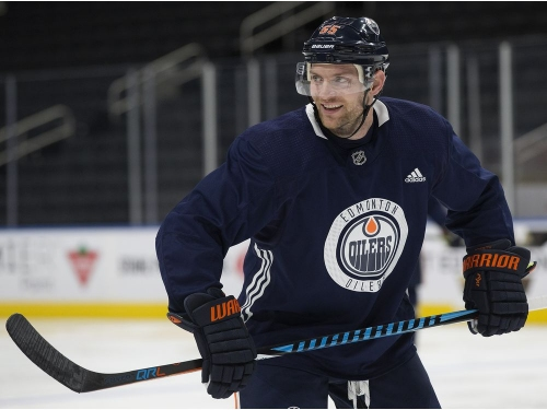 Pittsburgh, Columbus and Toronto interested in Edmonton Oilers centre Mark Letestu