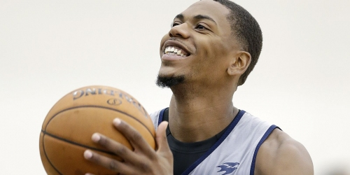 Glenn Robinson III cleared to make season debut Friday for Pacers
