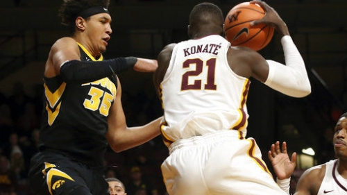 College men's basketball: Iowa has no answer for Minnesota's Mason