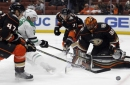 Miller stops 41 shots, Ducks beat Stars 2-0
