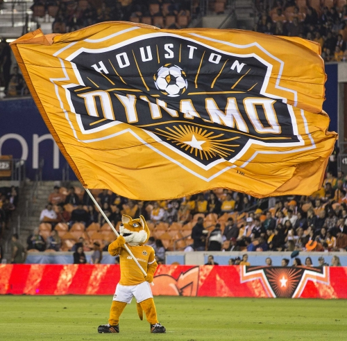 Dynamo dominate New York Red Bulls in preseason victory