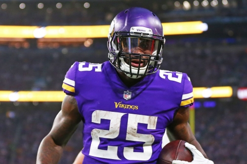 """Do the Minnesota Vikings have any potential """"cap casualties?"""""""