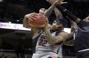 UConn falls to 11th-ranked Cincinnati