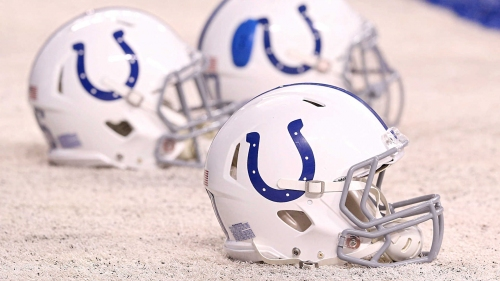 Colts to add Bobby Johnson to coaching staff, source says
