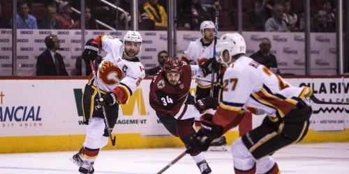 Flames snap Coyotes' win streak in 'sluggish' performance for Arizona