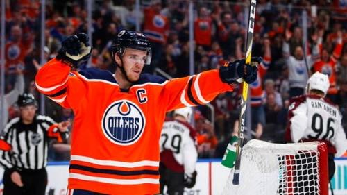 McDavid scores winner in overtime, Oilers beat Avalanche 3-2   The News Tribune
