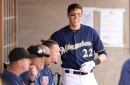 Yelich debuts as Brewers top Cubs, 2-1