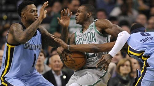 Celtics notebook: Greg Monroe takes healthy scratch in stride