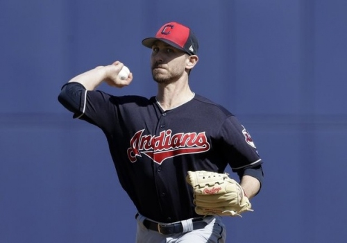 Josh Tomlin, Francisco Mejia shine, but Cleveland Indians fall to Milwaukee Brewers, 7-6