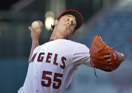 AP source: Tim Lincecum in discussions with Rangers