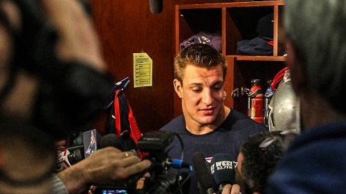 Reporter claims Patriots tried to stop him from writing about Rob Gronkowski using TB12 method