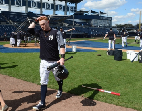 Yankees' Frazier to see if he's cleared Sunday after concussion
