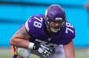 Vikings won't extend tender to Jeremiah Sirles