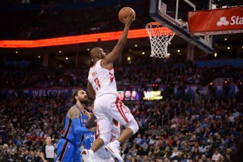 NBA: Houston Rockets hold off Oklahoma City Thunder, run win streak to 16