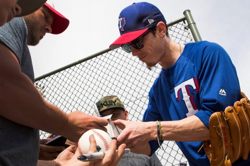 Arlington represents a land of opportunity for Tim Lincecum, and the Rangers are willing to wait for him