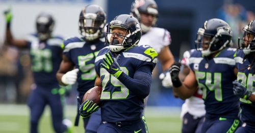 As Seahawks stars leave, Earl Thomas is one player who must stay