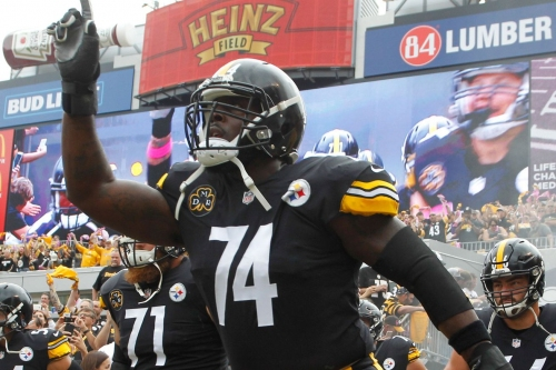 Browns pay Chris Hubbard handsomely as he continues his AFC North career