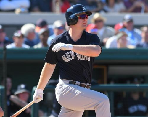 Yankees release veteran Adam Lind from minor-league contract